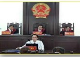 Who must pay first-instance civil court fees in Vietnam ?